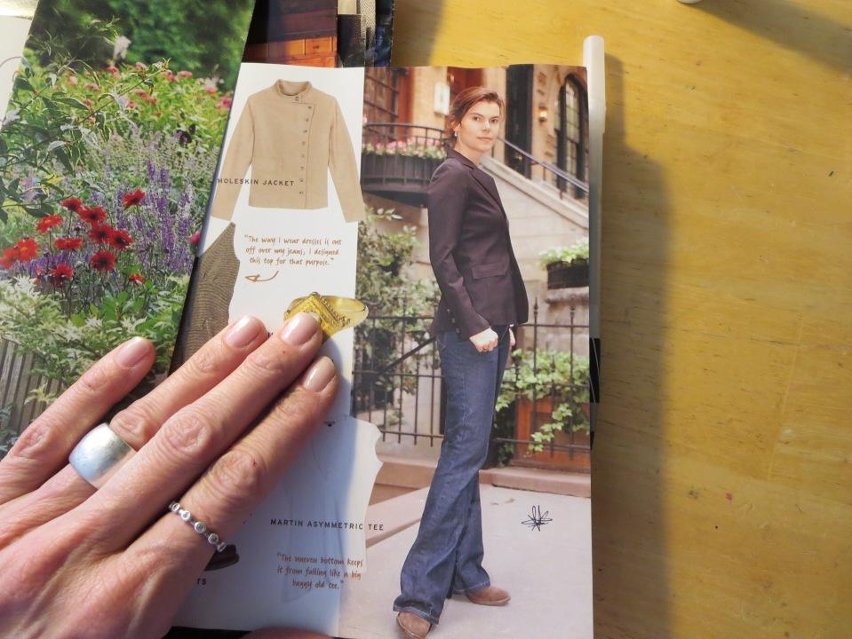 Mu Lucky Mag Book.